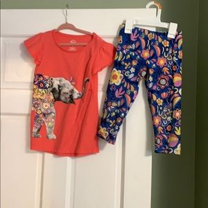 Kids flowered outfit